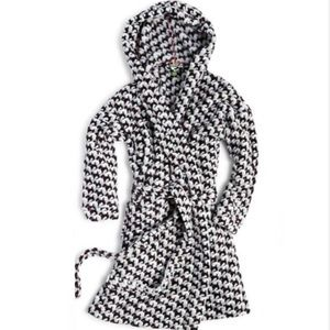 Vera Bradley Scottie Fleece robe